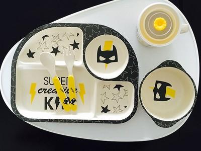Набор детской посуды из 5 предметов арт НД2, цвет:Бэтмен