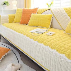 Чемодан арт ЧД1  18 дюймов 5 принцесс