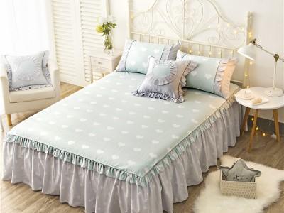 Покрывало на кровать арт 5441 цвет:св.голубой свежий